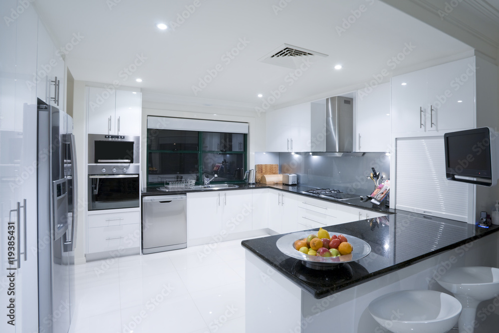 Obraz Modern kitchen in luxury mansion fototapeta, plakat