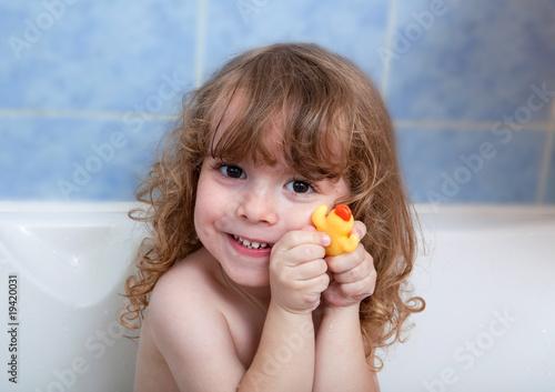 Foto Enfant dans le bain