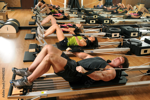 Photo  Pilates Class in a Gym