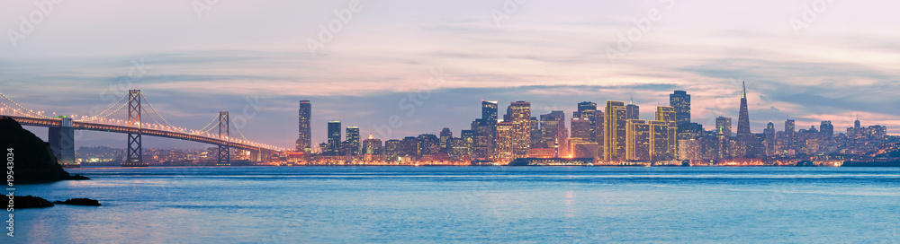 Fototapeta High resolution panorama of San Francisco Skyline and Bay Bridge