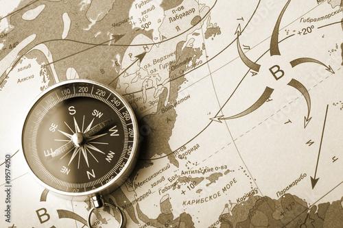 Papiers peints Retro Map with a compass