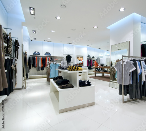 Fotografía  Interior of shopping mall