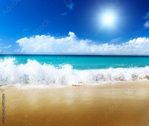 Autocollant pour porte Eau sea and sand
