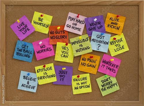 Fotografie, Obraz  motivational reminders on bulletin board