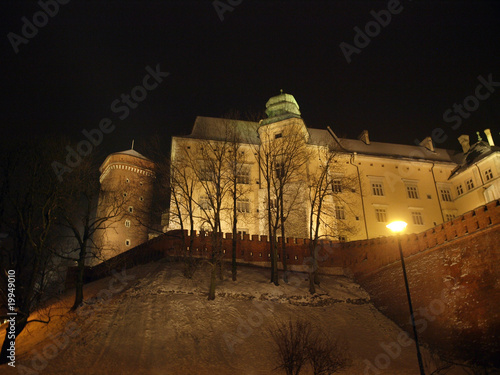 wzgorze-wawelskie-noca-krakow