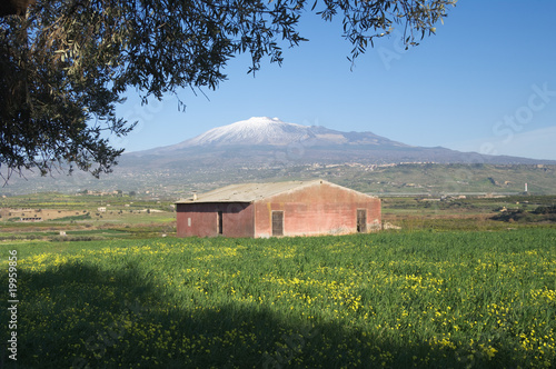 Vászonkép  abandoned barn and Etna