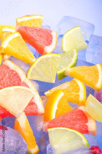 Poster Dans la glace fruit