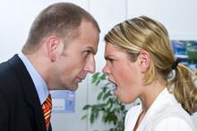 Streit Im Büro