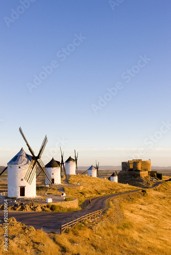 Fototapety, obrazy: windmills with castle, Consuegra, Castile-La Mancha, Spain