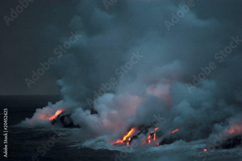 Deurstickers Vulkaan Lava flowing into the ocean