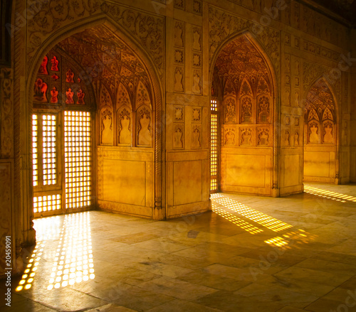 Photo sur Aluminium Fortification Ornate windows in agra fort