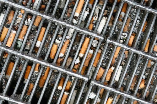 Fényképezés  Cigarette butts