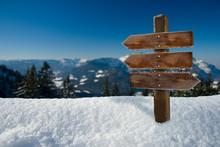 Winter-Panorama Mit Holz-Schild