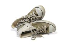 Vieilles Chaussures Basket 03