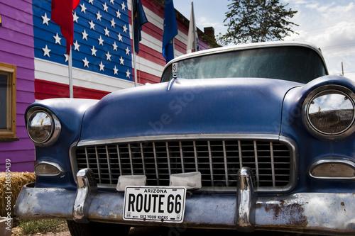 In de dag Route 66 Voiture et drapeau USA 2