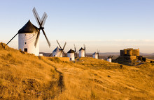 Windmills With Castle, Consueg...