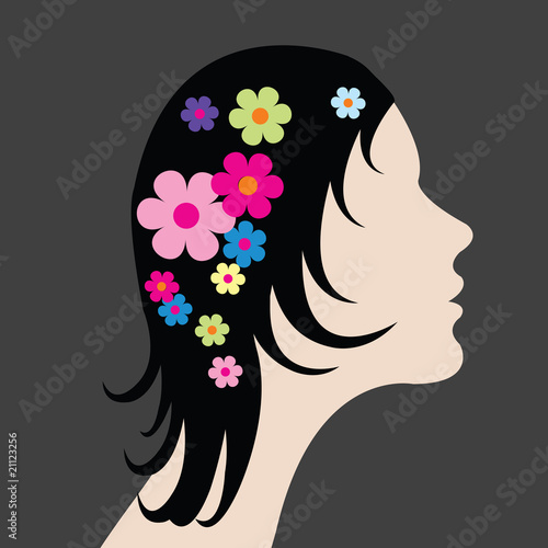 Floral femme Woman with flowers in hair