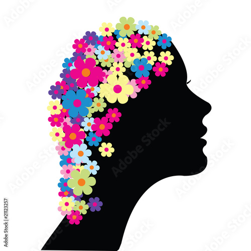 Floral femme Woman with flowers in her hair