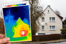 Detached House And Thermography