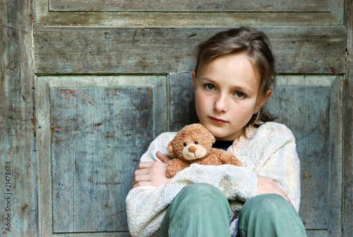 Sad little girl Canvas-taulu