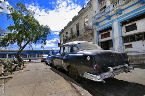Türaufkleber Autos aus Kuba Havana Street with Oldtimer