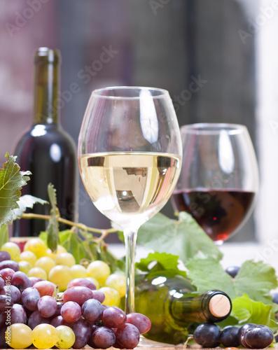 Fototapety, obrazy: Wine glass with  bottle of wine