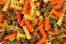 Multicolor Spiral Macaroni.