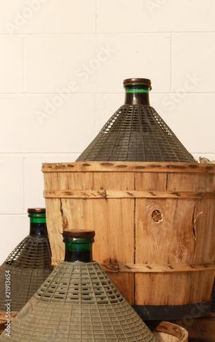 Valokuva damigiane di vino