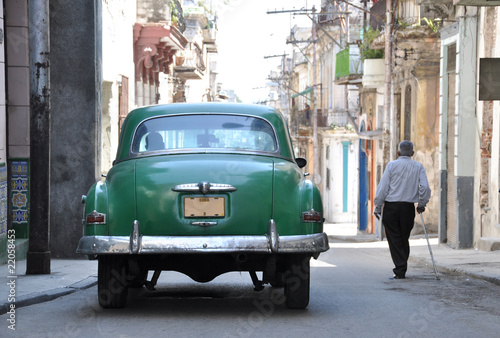 Wall Murals Cars from Cuba zwei Oldtimer