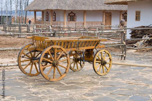 Fotobehang Indiërs Old antique cart