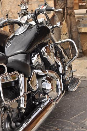 Plakaty motory   motocykl-z-chromem
