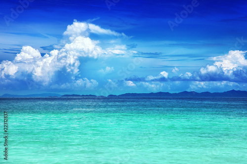 Fotobehang Donkerblauw Beach