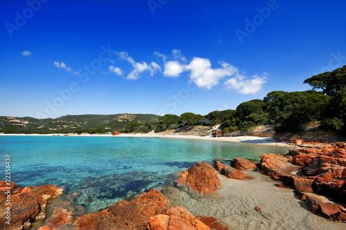 La pose en embrasure Bleu fonce plage magnifique