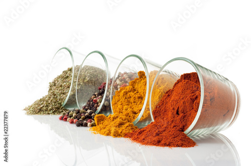 Fotografía  mix of spice out of the bowl