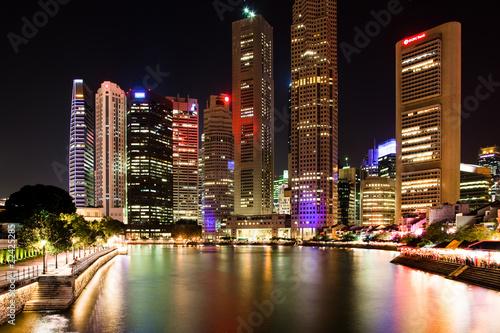 Tuinposter Singapore Singapur bei Nacht