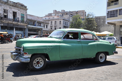 Deurstickers Cubaanse oldtimers Havanna Oldtimer in grün