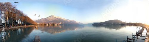 Panoramique lac annecy sunset Canvas Print
