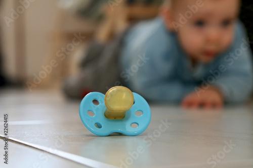 Fotografie, Obraz  tétine et bébé