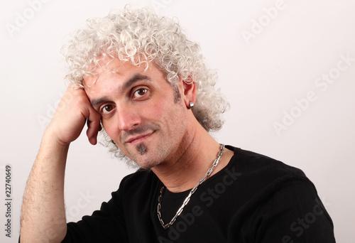 capelli bianchi ricci - Acquista questa foto stock ed ...