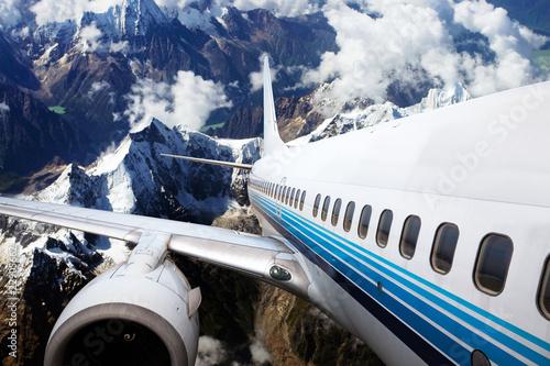 Naklejki krajobraz   wznoszacy-sie-samolot