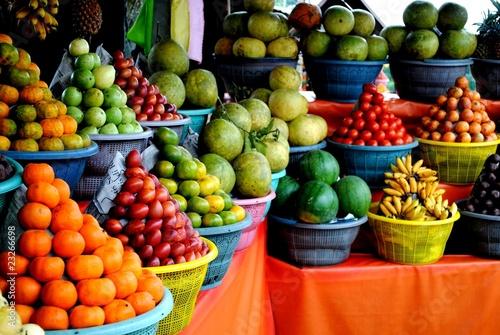 Foto op Plexiglas Indonesië fruits en pyramide