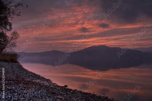 Fotografia, Obraz  Tramonto sul Lago Maggiore