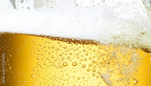 Bierfond mit Tropfen 11 Ausschnitt