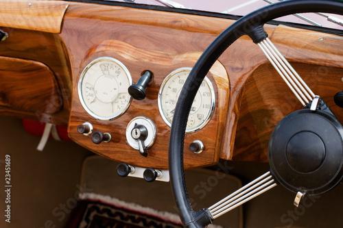 Keuken foto achterwand Vintage cars Wooden dashboard