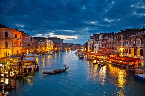 Poster Venetie Grand Canal at night, Venice