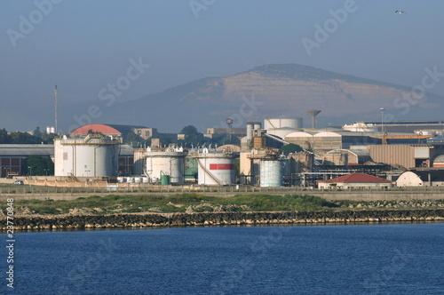 Foto op Plexiglas Krokodil raffinerie de pétrole