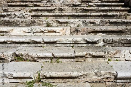 Tuinposter Berkbosje aged weathered ancient roman stairs