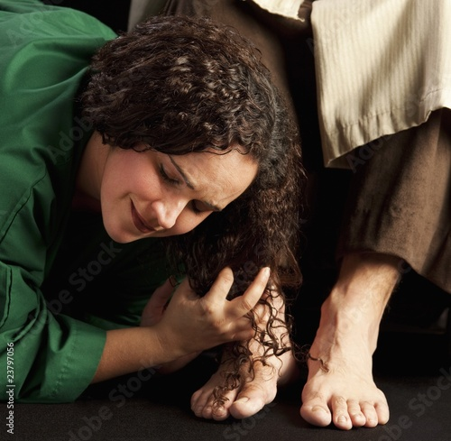 Mary Magdalene Wiping Jesus' Feet Canvas Print