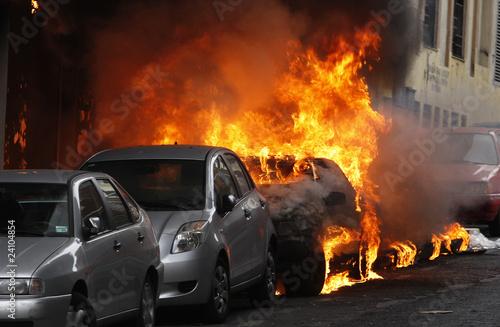 Fotografía  incendio coche