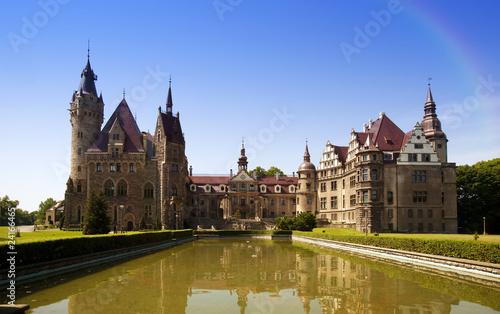 Montage in der Fensternische Schloss Moszna castle, Sileza